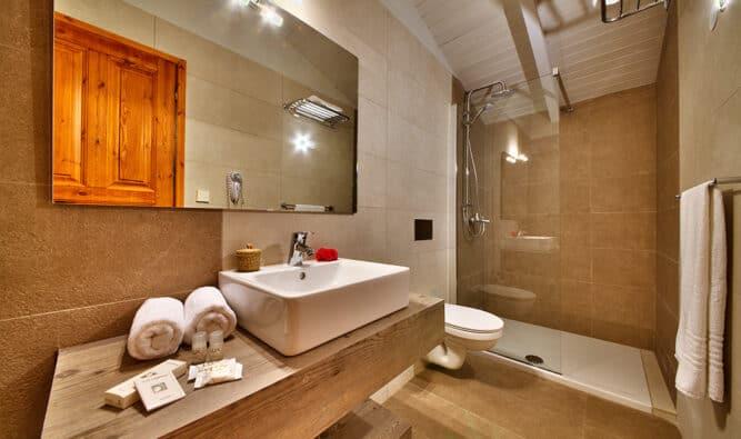 One Of The Bathrooms Glyfada House